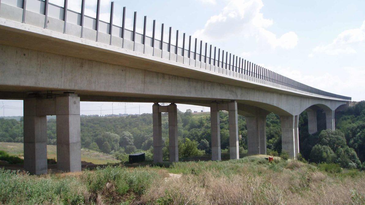 Talbrücke Weidatal