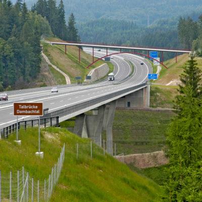 A 73 Talbrücke Dambachtal ©ari
