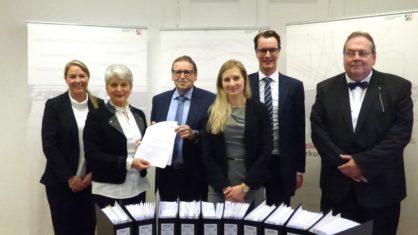 Die DEGES übergibt die Unterlagen an die Bezirksregierung Düsseldorf