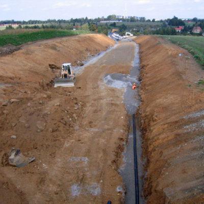 Einbau der Entwässerungsleitungen