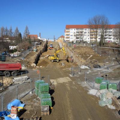 Blick in die Baustelle Tunnelaushub Richtung B 6