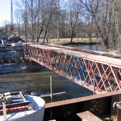 Aufbau Traggerüst der Spreebrücke