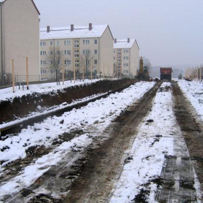 Aushub der Bodenschichten auf der Tunnelbaustelle Daimlerstraße