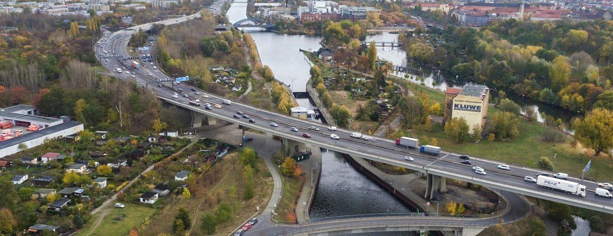 Luftbild der Rudolf-Wissell-Brücke