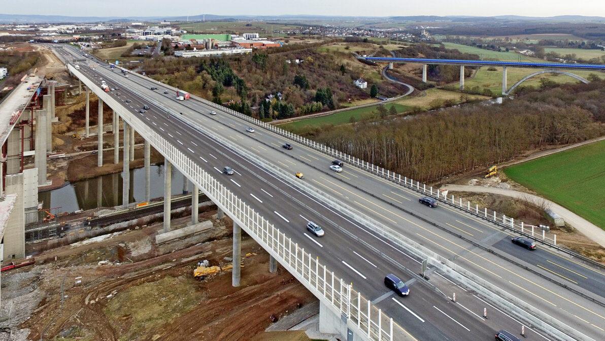 Die neu gebaute Lahntalbrücke bei Limburg
