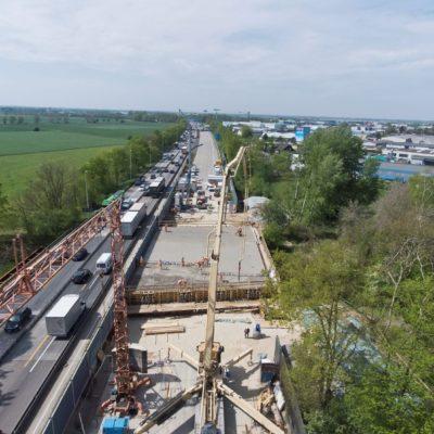 Die Baustelle der Ochtumbrücke von oben