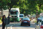 Verkehrsteilnehmer auf der Straße