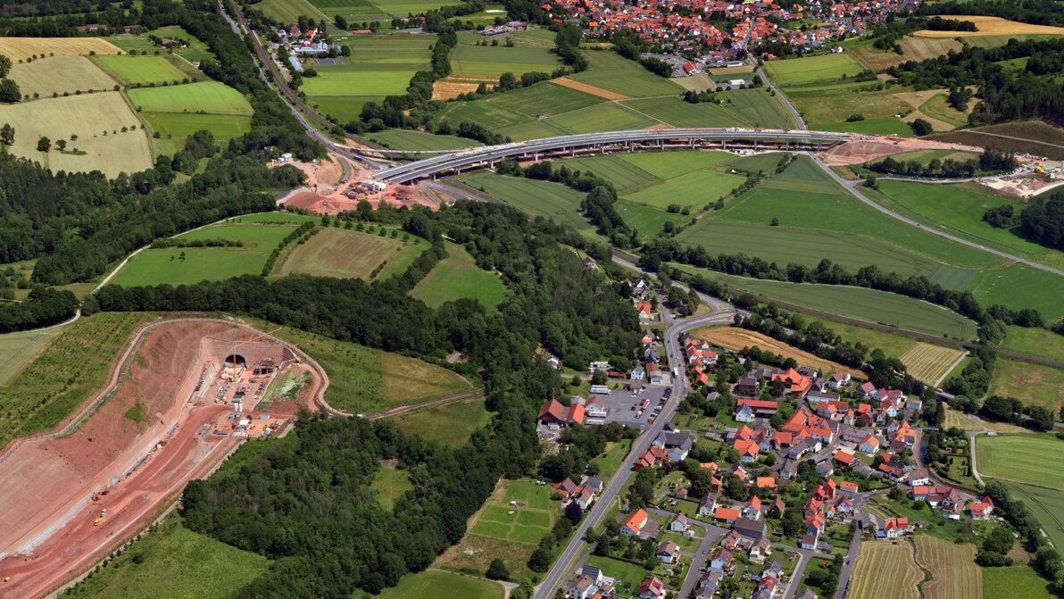 A 44 Wehretalbrücke und Tunnel Trimberg