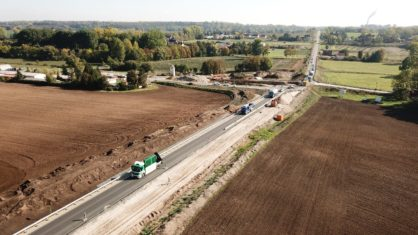 Luftbild der B 91 und der Baustelle