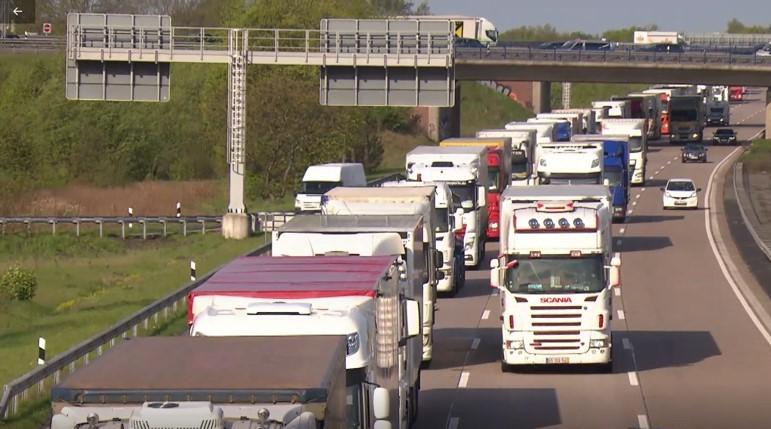Video zeigt, warum der Ausbau und Neubau von Lkw-Rastanlagen an Autobahnen so dringend notwendig ist