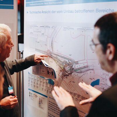 Themenwerkstatt zum Umbau des AD Funkturm / Tag 1 / Teilnehmende Im Gespräch mit den DEGES-Experten.