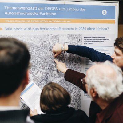 Themenwerkstatt zum Umbau des AD Funkturm / Tag 1 / Diskussion an der Themeninsel Verkehrsströme und Verkehrsmengen