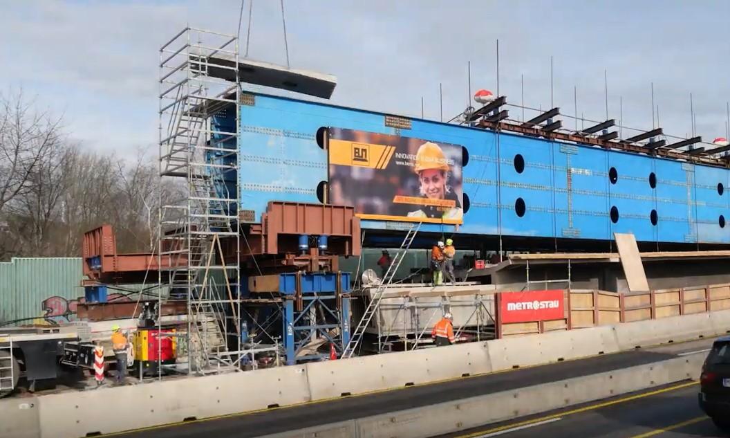 Abbrucharbeiten an der Brücke Hengstey im Zuge der A 1
