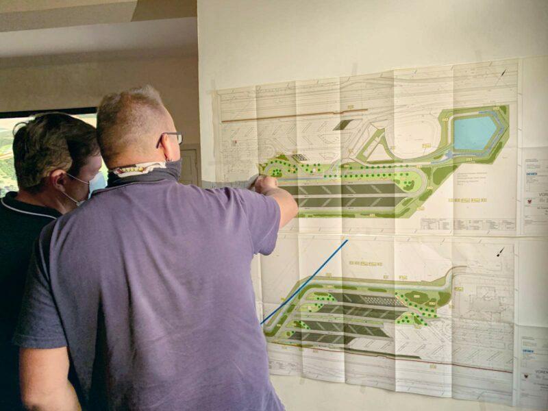 Austausch zu den Planungen zum Ausbau der Rastanlage Buckautal Nord und Süd bei der Informationsveranstaltung am 15. September 2020