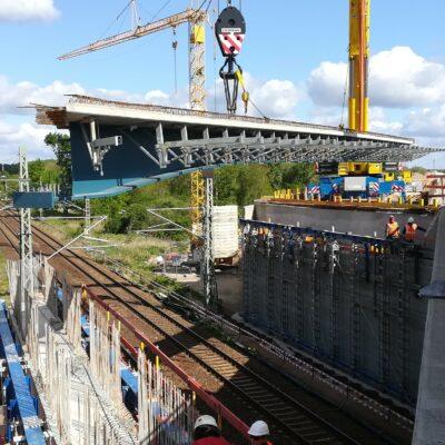 Einheben und Montieren Ersatzneubau Außenringbrücke