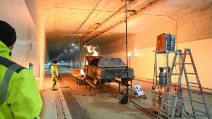 Brandsimulator im Einsatz bei Brandschutzprüfung im Tunnel Waggershausen