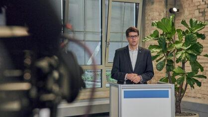 DEGES-Bereichsleiter Andreas Irngartinger wird gemeinsam mit den Projektleitern Fragen zum Bauablauf des Abschnitts 3 des A 14-Lückenschlusses beantworten. | Bildnachweis: Saskia Uppenkamp