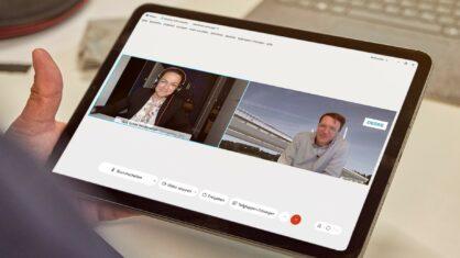 Moderatorin und Projektleiter bei der digitalen Bürgersprechstunde